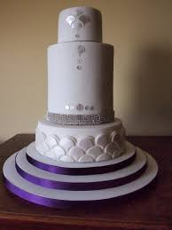 Wedding Cakes3 Tier Cakes With Bling 3 That Look Beautiful
