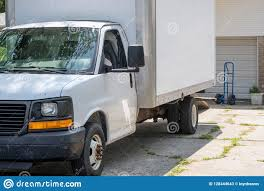 100 How To Load A Moving Truck Van In The Driveway Ready Be Ed Stock Image Image Of