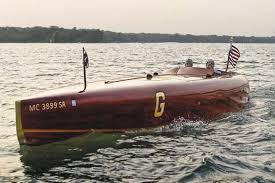 build a classic wooden speedboat