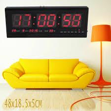 led wanduhr digitaluhr mit datum temperatur wohnzimmer große