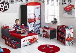 chambre enfant cars le mobilier enfant cars pour de belles et douces nuits au bon