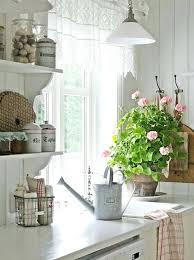 rideau pour cuisine design rideau cuisine design cuisine cagne chic plan de travail blanc