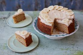 Ever Wondered How To Make The Most Perfect Melt In Mouth Banana Cake Then Look No Further April Carter From Rhubarb Rose Is
