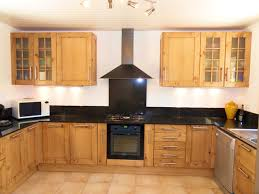 cuisine bois plan de travail noir design cuisine bois plan de travail gris 93 etienne