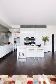 moderne offene küche mit weißen bild kaufen 12104792