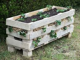 25 Amazing DIY Projects To Repurpose Pallets Into Garden Planters Strawberry Pallet Planter