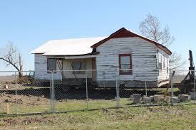 100 Rosanne House Work Underway To Restore Johnny Cashs Boyhood Home In East