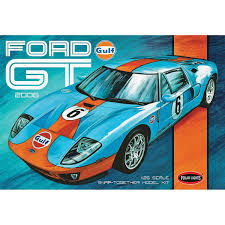 Round 2 LLC Polar Lights 1 25 2006 Ford GT Snap Kit PLL955