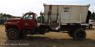 1987 Ford F800 Feed Truck   Item DD0159   SOLD! October 18 A... Walinga Trailers For Sale Belt Bulk Feed Bodies Tk Feed Truck Youtube 1991 All Truck Body Spencer Ia 261446 Untitled1 China 84 Tank 40cbm Heavy Duty For Alinum Rotomix Mount Archives Post Equipment Livestock Feeders Stiwell Sales Llc Browse Our Bulk Trucks Trailers Sale Ledwell 30m3 Poultry Lewsappwechat 86 133298995 5 385ton Pellet Best Quality