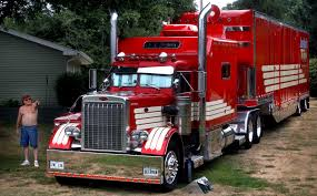 100 359 Peterbilt Show Trucks World Of Large Cars Show Showcases Luxurious Semi Trucks