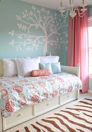 Coral Color Bedroom Accents by Best 25 Teen Bedroom Colors Ideas On Pinterest Cute Teen