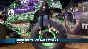 Toneshia On TV - Monster Jam | Facebook Monster Jam 101 Review At Angel Stadium Of Anaheim Macaroni Kid Grave Digger Truck Driver Recovering After Serious Crash Report Guts And Glory Show To Draw Big Crowds Saturday Central Florida Top 5 Sudden Impact Racing Suddenimpactcom My Experience At Monster Jam Wintertional Brings Thousands Salem Civic Center 2017 Roanoke Virginia Wheelie Winner