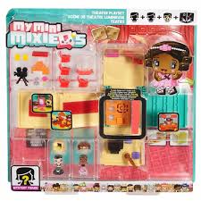 My Mini MixieQ s Theater Deluxe Playset
