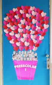 Christmas Classroom Door Decorations On Pinterest by Valentine U0027s Day Classroom Door Osztály Dekoráció Pinterest