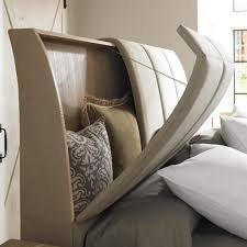 30 Amazing Modern Master Bedroom Storage Ideas