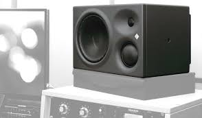 What's The Difference Between Home Stereo Speakers And Studio Monitors?