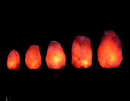 Himalayan Salt Lamp Bulbs by Size Chart Of Himalayan Salt Lamps And Guides To Choose The Right One