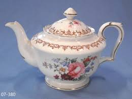 Spode Christmas Tree Teapot by Crown Staffordshire Floral Bouquet Tea Pot Theepotten Tea