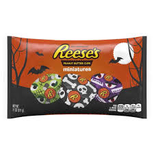 Best Halloween Candy by Here U0027s All The New Halloween Candy You Have To Try This Year