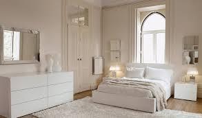 commode chambre adulte design design interieur chambre adulte peinture blanche lit deux places