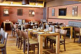 Incorporate These Seating Strategies to Improve Your Restaurant