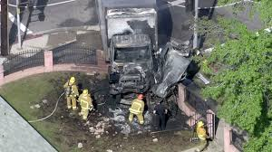 1 Dead, 2 Hurt In Fiery San Fernando Valley Crash Between Box ... Dat Cajun Truck Home Facebook California Fires Rage From San Diego To The Fernando Valley The Airtel Plaza Hotel Lotvan Nuys Airport Lot Southern Best Hummus In La Is On Yummy Food Valleys Essential Restaurants Fall 2017 Guerrilla Tacos Street With A Highend Pedigree Salt Hello Kitty Cafe Visit Among Food Events Los Angeles An Uerground Israeli Spot Turns Into A Sensation 25 Best Catering Los Angeles Ideas Pinterest Amuse Yeastie Boys Rolls Out Bagels Attitude Veterans Parade Youtube Water And Power Associates