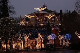 Chicago Christmas Tree Disposal by The Logan Square Christmas House Is As Spectacular As Ever This