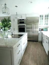cuisine tout en un cuisine tout en un agrandir une kitchenette lumineuse en et