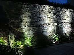 pour mur exterieur éclairage extérieur à led en 50 idées de luminaire de jardin