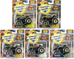 100 Shark Wreak Monster Truck Amazoncom Hot Wheels Jam Bone Busters Collection Set Of 5