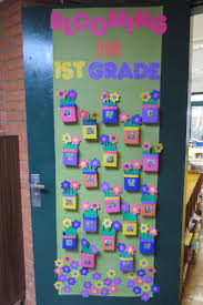 Spring Classroom Door Decorations Pinterest by 18 Best Bulletin Boards And Door Decorations Images On Pinterest