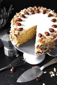 buttercreme torte mit gebrannten mandeln einmal nachschlag