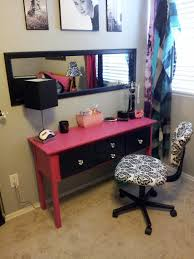 painted pink and black diy vanity table with 4 drawers plus comfy