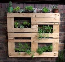 Shipping Pallet Wall Planter Box Ideas