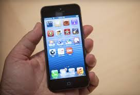 At long last Apple s iPhone 5 es to Virgin Mobile CNET