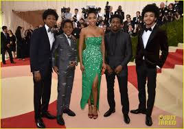 Cast Of Halloweentown 2 by Netflix U0027s U0027the Get Down U0027 Cast Makes A Stylish Met Gala Debut