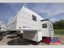 2000 Prowler Travel Trailer Floor Plans by Used 2000 Fleetwood Rv Prowler 285s Fifth Wheel At Fun Town Rv