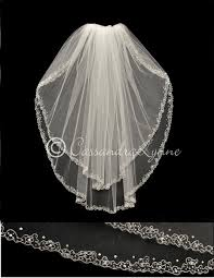 table d veil avec si e this two tier wedding veil is standard cut with a scrolling silver