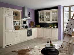 bauformat l küche im landhausstil creme farben glas oberschränke