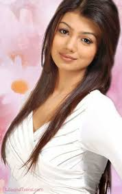 Ayesha Takia Hot Front Side Show HD pIcs