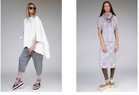 Spring Summer Relaxed And Off Duty Urban Chic Clothes For Women In GVGV 2018