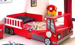 chambre voiture garcon chambre enfant voiture lit voiture chambre petit garcon