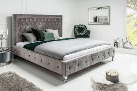 casa padrino chesterfield samt doppelbett silbergrau silber 190 x 215 x h 130 cm massivholz bett mit kopfteil chesterfield schlafzimmer möbel