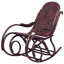 Late 19th C. Vienna Secession Bentwood Rocking Chair By Thonet In ... Michael Thonet Black Lacquered Model No10 Rocking Chair For Sale At In Bentwood And Cane 1stdibs Amazoncom Safavieh Home Collection Bali Antique Grey By C1920 Chairs Vintage From Set Of 2 Leather La90843 French Salvoweb Uk Worldantiquenet Style Old Rocking No 4 Caf Daum For Sale Wicker Mid Century Modern A Childs With Back Antiques Atlas