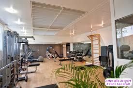 salle de fitness musculation cours en salle de sport