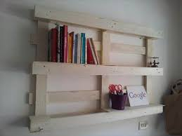 25 DIY Pallet Shelves For Storage Your Things