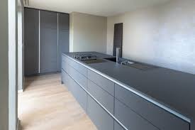schwarz oder weiß denken wie wär s mit grau nr küchen