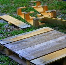 making a baby pallet picnic table lovelivegrow