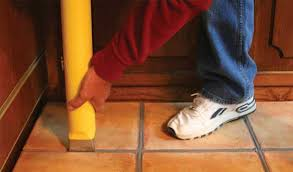 pointmaster precise grouting of ceramic and floors with