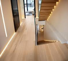 Fleas Live On Wood Floors by What Is The Best Wood Flooring For The Hallway Esb Flooring